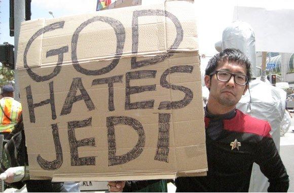 Friquis contra integristas religiosos