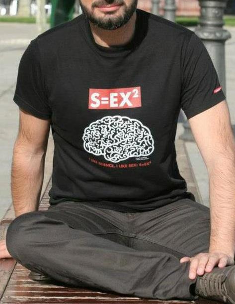 Camiseta diseñada por Kukutxumutxu que sorteamos