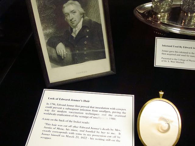 Edward Jenner's Hair -Mutter Museum in Philadelphia- Flickr CC