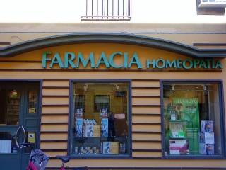 Es difícil encontrar una farmacia en la que no se venda homeopatía
