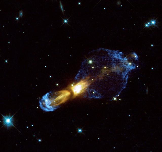 Nebulosa de la Calabaza o nebulosa del Huevo Podrido, Messier 46. Créditos: Valentín Bujarrabal (OAN, Observatorio Astronómico Nacional, IGN, España), WFPC2, HST, ESA, NASA.