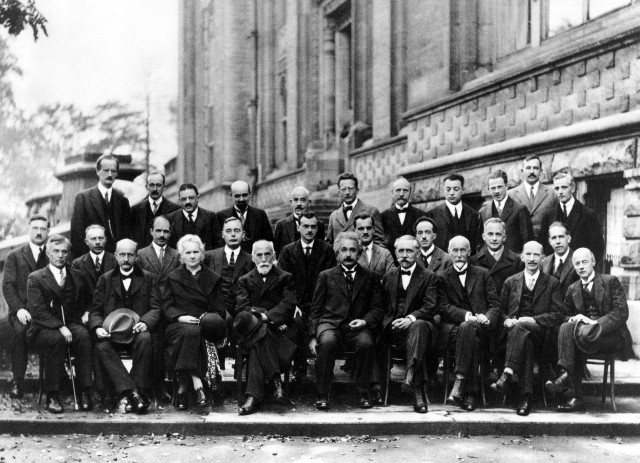 1920px-Solvay_conference_1927