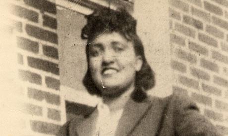 Henrietta Lacks, de quién se obtuvieron células para formar la línea células HeLa