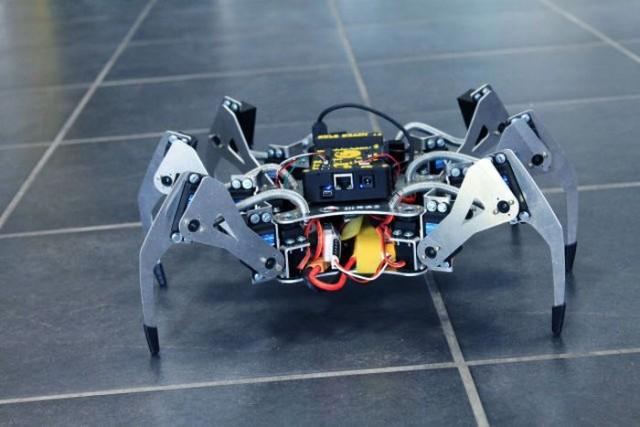 Robot dron Erle Spider