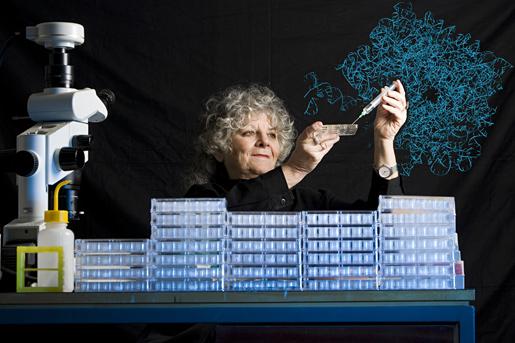 Ada E. Yonath, en su laboratorio de cristalización de ribosomas (Autor: Micheline Pelletier/Corbis)