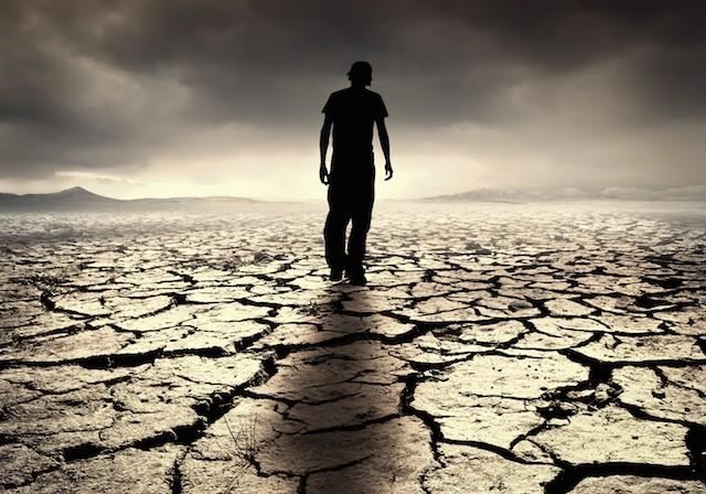 lonely-man-in-desert