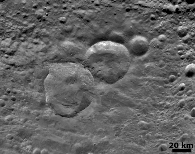 vesta_snowman_craters_close-up