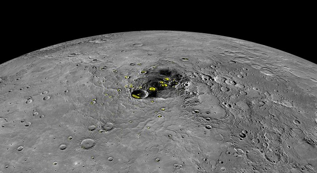 pia19411-mercury-waterice-radar-mdis-messenger-20150416