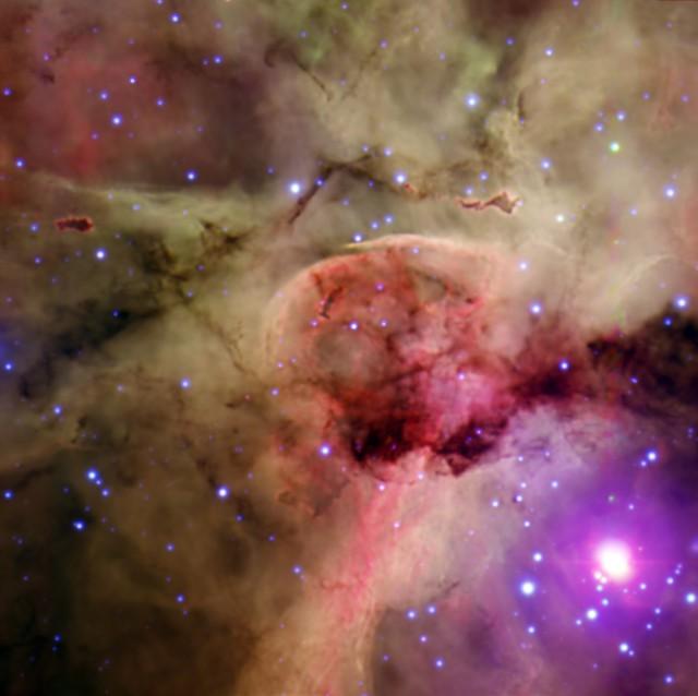 """Nebulosa de la Cerradura y estrella masiva Eta Carinae, en el centro de la Nebulosa de Carina. Imagen obtenida con la cámara CACTI del instrumento 2dF del Telescopio Anglo-Australiano, combinando observaciones usando filtros en hidrógeno ionizado (rojo), oxígeno dos veces ionizado (verde) y filtro B (azul). Los datos se obtuvieron como parte del programa """"ABC Stargazing Live"""" de la televisión pública australiana (ABC). Crédito: Ángel R. López-Sánchez (AAO/MQU) y Steve Lee, Robert Patterson y Robert Dean (AAO)."""