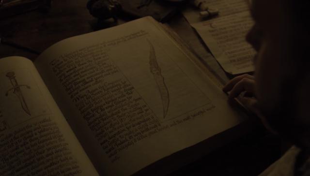 La famosa daga de vidriagón en el libro que lee Sam