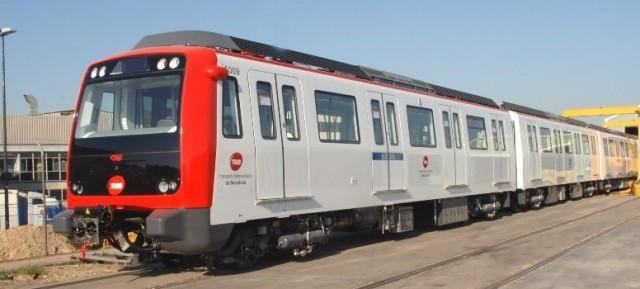 Unidad S/5000 de la línea 5 del Metro de Barcelona. Fuente: CAF.