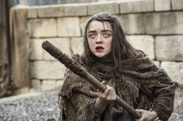 Arya como Beth, la Niña Ciega. Fuente