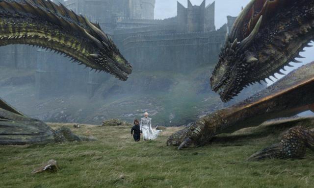 Daenerys partiendo de Rocadragón por la mañana temprano