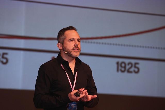 Diego R. LLanos: La Informática del futuro. Imagen UVa / Juan Carlos Barrena.