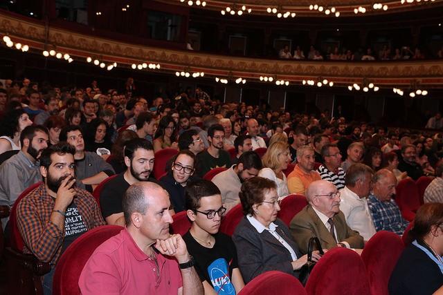 No cabía nadie más en el Teatro Calderón.
