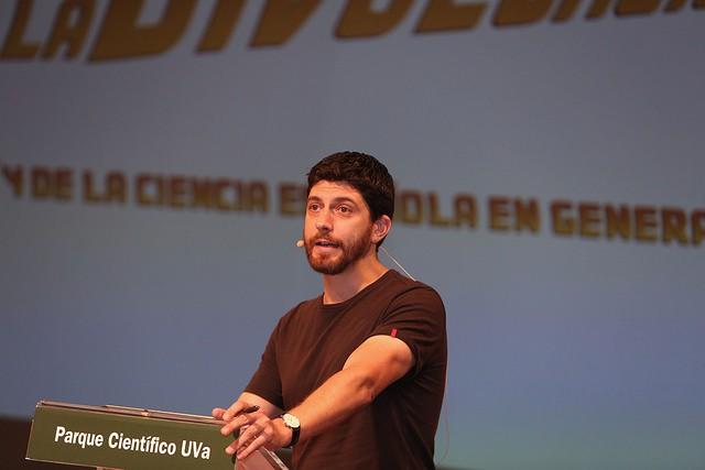 José A. Pérez Ledo (@mimesacojea): La Divulgación del futuro.
