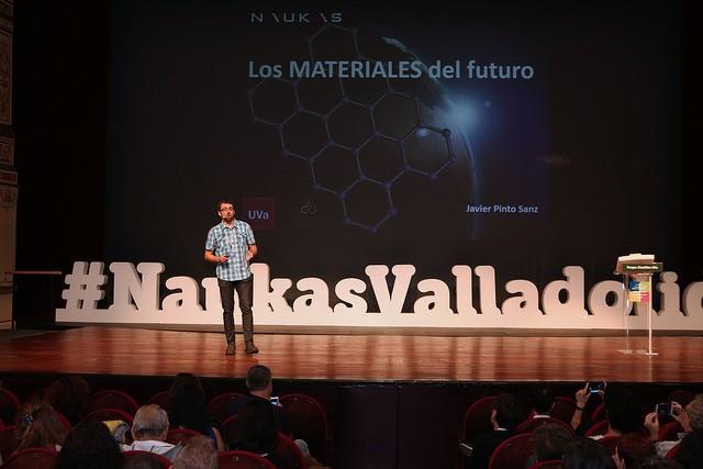 Javier Pinto: Los Materiales del futuro. Imagen UVa / Juan Carlos Barrena.