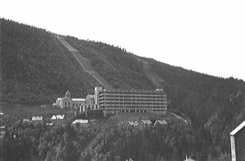 La planta de agua pesada de Rjukan. Vía Wikipedia