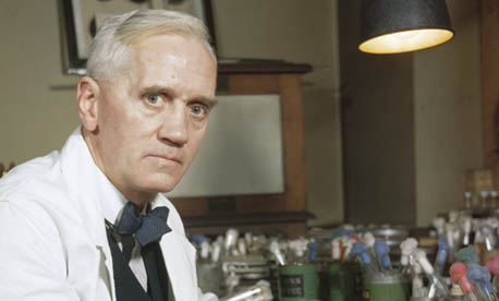 Alexander Fleming (no, no es el autor de James Bond)