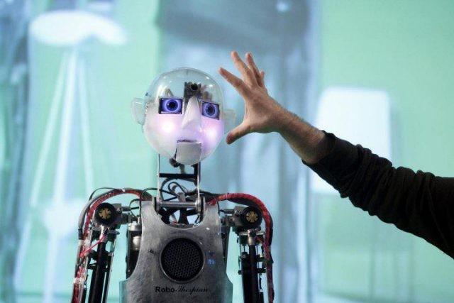 quantum-robots-1-640x427