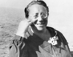 La mujer que nos enseñó a pensar en física.  La grandérrima Emmy Noether.