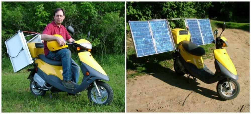 Moto solar (scooter con paneles solares desplegables).
