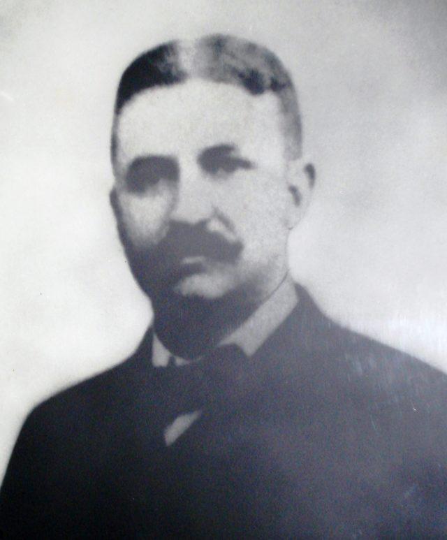 Doctor John L. Leal