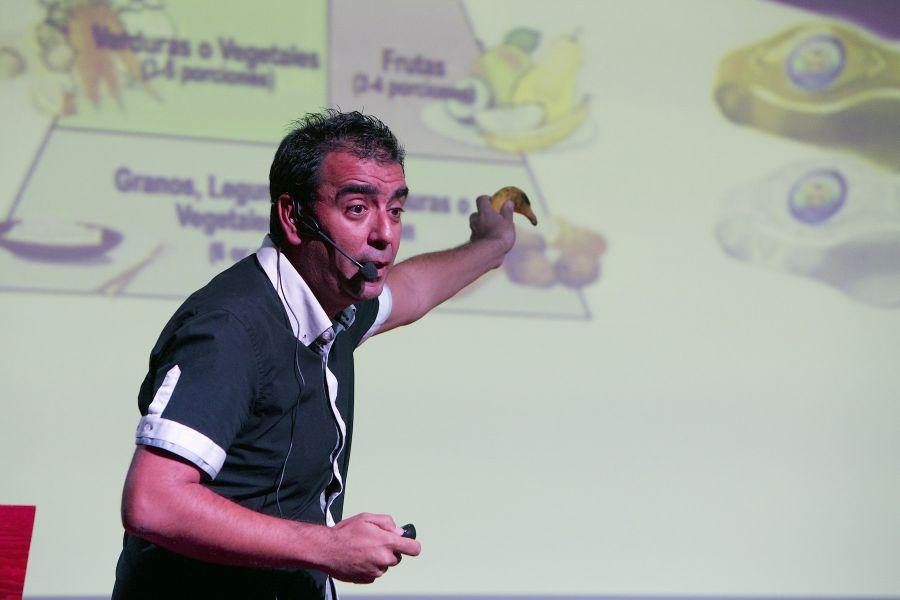 """José Manuel López Nicolás: """"La gestión científica es farragosa pero necesaria; permite ganar muchas 'guerras', como la de reconocer la divulgación"""""""
